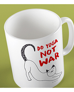 Do Yoga Not War Cat Kubek Biały Universal
